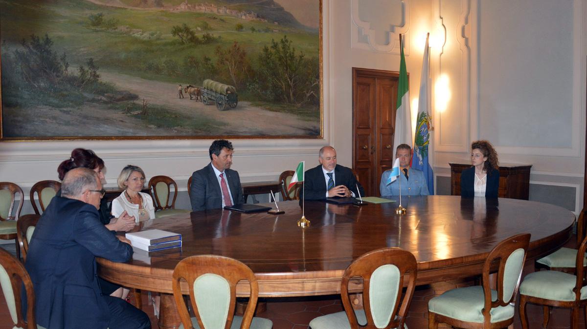 La firma dell'accordo fra San Marino e il CNSAS